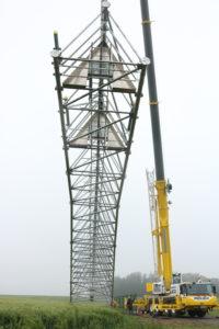 Installation du Pylone au Bec-de-Mortagne
